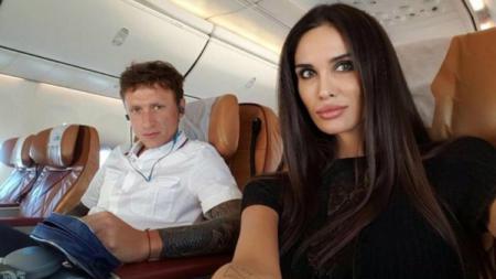 Pavel Mamaeva dan Istrinya. - INDOSPORT