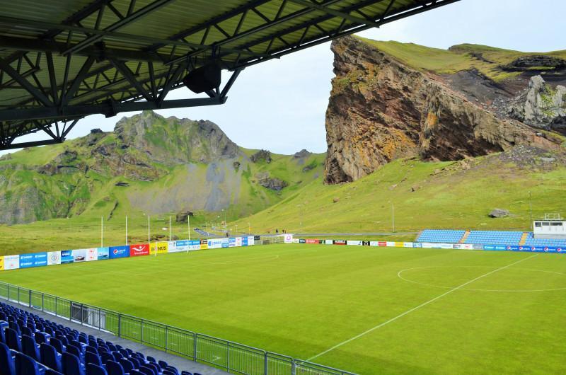 Lapangan Sepakbola di Islandia. Copyright: Marc Boal/Sport Vice