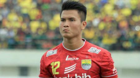 Shahar Ginanjar berpeluang jadi penerus I Made Wirawan di Persib Bandung jika pindah ke Bali United. - INDOSPORT