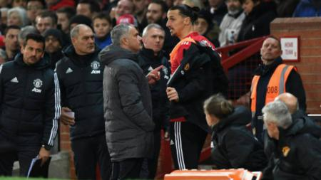 Zlatan Ibrahimovic dan Jose Mourinho di pertandingan vs Newcastle United. - INDOSPORT