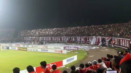 Tampak dalam Stadion Kapten I Wayan Dipta. - INDOSPORT