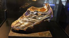 Indosport - Trofi Sepatu Emas Top Skor Eropa.