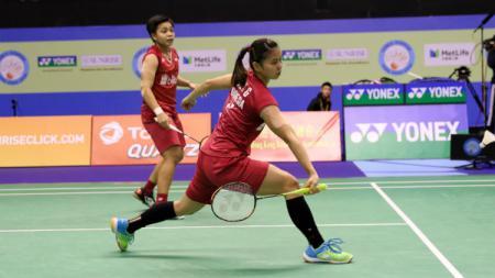 Greysia Polii/Apriani Rahayu di semifinal Hongkong Open 2017. - INDOSPORT
