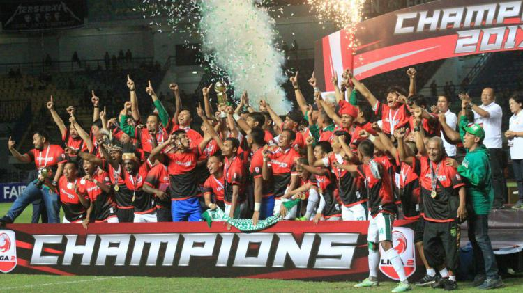 Persebaya Surabaya juara Liga 2 2017. Copyright: INDOSPORT/Arif Rahman.