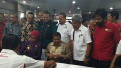 Indosport - Masyarakat Aceh menolak perhelatan kompetisi sepak bola wanita U-17 karena tidak sesuai dengan syariat Islam.