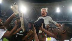 Indosport - Bert Van Marwijk baru saja dipecat oleh Timnas UEA karena gagal lolos fase Grup A di Piala Teluk.