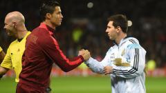 Indosport - Ronaldo berikan pesan kepada Messi.