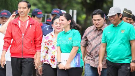 Presiden Indonesia, Jokowi, tegur PSSI supaya bisa memperbaiki sistem Liga Indonesia dan bisa mempersiapkan Piala Dunia U-20 2021 dengan baik. - INDOSPORT
