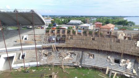 Stadion Barombong Roboh beberapa tahun lalu. - INDOSPORT