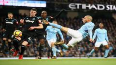 Indosport - Gol David Silva ke gawang West Ham United.