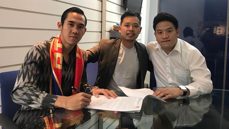 Ryuji Utomo resmi bergabung dengan klub Thailand. Copyright: Istimewa