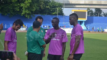 Makan Konate jalani latihan bersama Sriwijaya FC. - INDOSPORT