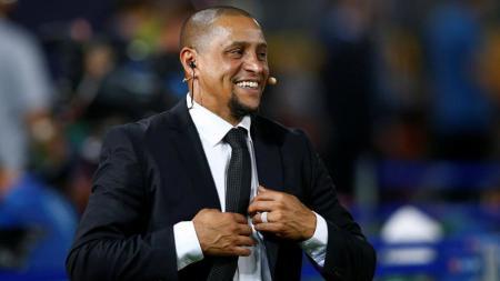 Roberto Carlos menyatakan bahwa Roy Hodgson adalah orang yang paling bertanggung jawab atas kegagalan kariernya di Inter Milan. - INDOSPORT