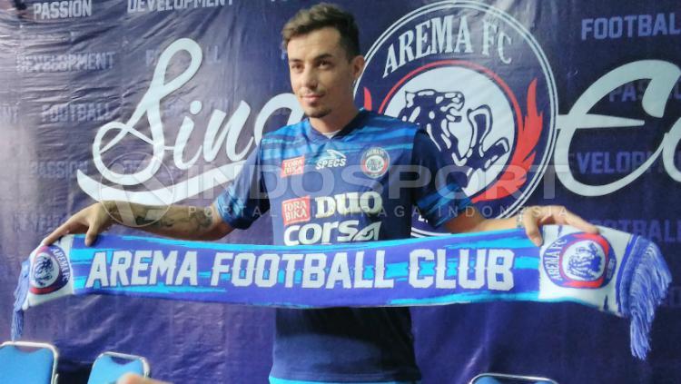 Rodrigo Ost Dos Santos resmi bergabung ke Arema FC Copyright: Ian Setiawan/INDOSPORT