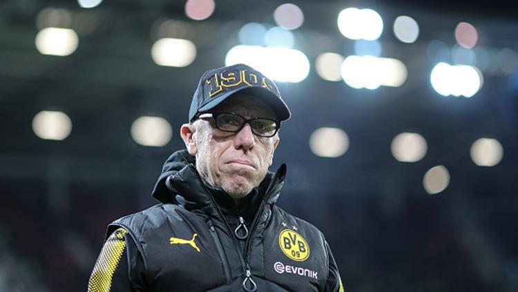 Pelatih Borussia Dortmund, Peter Stoeger. Copyright: INDOSPORT