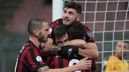 Patrick Cutrone merayakan gol bersama Alessio Romagnoli, Bonucci dan Gomez - INDOSPORT