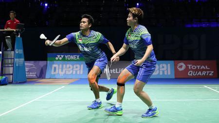Ganda campuran andalan Indonesia, Tontowi Ahmad/Liliyana Natsir di ajang BWF Super Series Finals 2017. - INDOSPORT