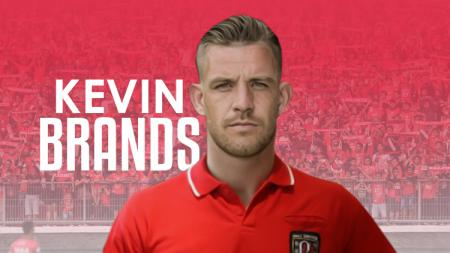Ilsutrasi Kevin Brands mengenakan jersey Bali United. - INDOSPORT
