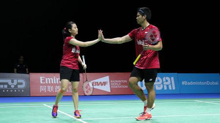 Media asing asal China soroti kegagalan pasangan Praveen Jordan/Debby Susanto menjadi penerus dari duet legendaris Indonesia yakni Tontowi Ahmad/Liliyana Natsir. - INDOSPORT