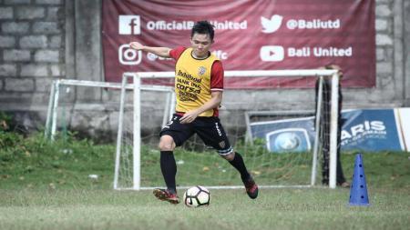Pemain Bali United, Sutanto Tan. - INDOSPORT