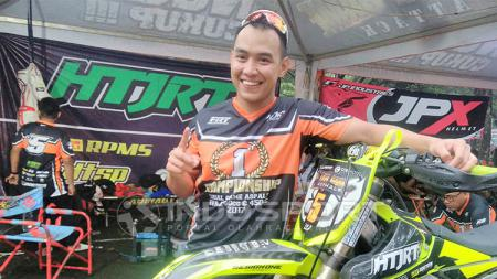 Doni Tata kini menjadi pembalap motocross - INDOSPORT