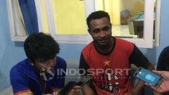 Indosport - Arthur Bonai secara resmi telah diperkenalkan Bhayangkara Solo FC sebagai rekrutan baru jelang Liga 1 2021.
