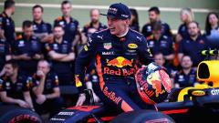 Indosport - Pembalap Red Bull Racing, Max Verstappen memberikan sindiran kepada Lewis Hamilton (Mercedes) usai menjadi pemenang di seri balapan F1 GP Monako 2021