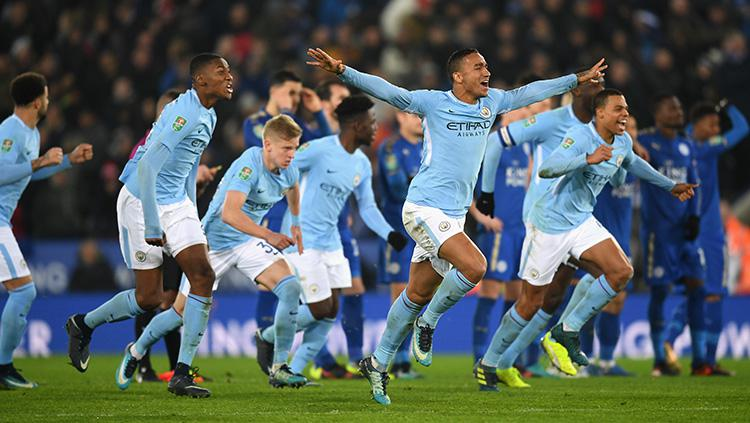 Selebrasi skuat Manchester City usai memastikan diri lolos ke semifinal Carabao Cup. Copyright: INDOSPORT