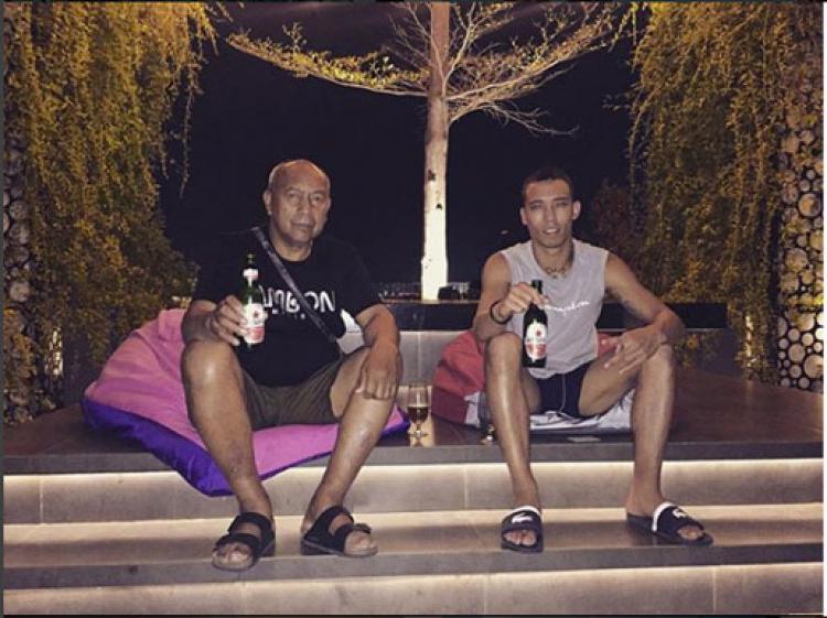 Johnny Salasiwa dan Gaston Salasiwa Copyright: instagram