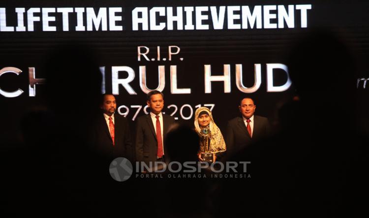 Penghormatan untuk Choirul Huda, Life Achievement Liga 1 Copyright: Herry Ibrahim/INDOSPORT