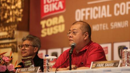 CEO Bali United, Yabes Tanuri, mengajukan protes terkait kejadian dalam laga kontra Barito Putera di Stadion Demang Lehman, Minggu (14/7/19). - INDOSPORT