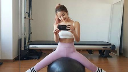 Shim Euddeume, instruktur fitnes cantik asal Korea Selatan - INDOSPORT