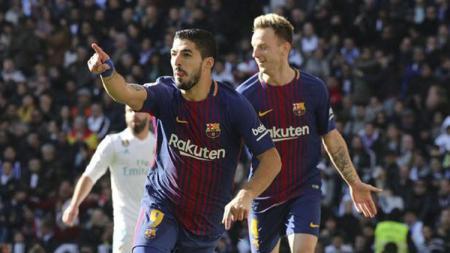 Selebrasi Luis Suarez usai cetak gol di laga El Clasico. - INDOSPORT