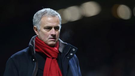 Jose Mourinho usai laga melawan Burnley. - INDOSPORT