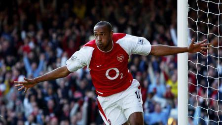 Striker legendaris Arsenal, Thierry Henry. - INDOSPORT