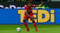 Indosport - Berikut rekap rumor transfer sepak bola di mana Manchester United lirik duo Bundesliga hingga Leeds United saingi AC Milan dalam perburuan bintang Real Madrid.