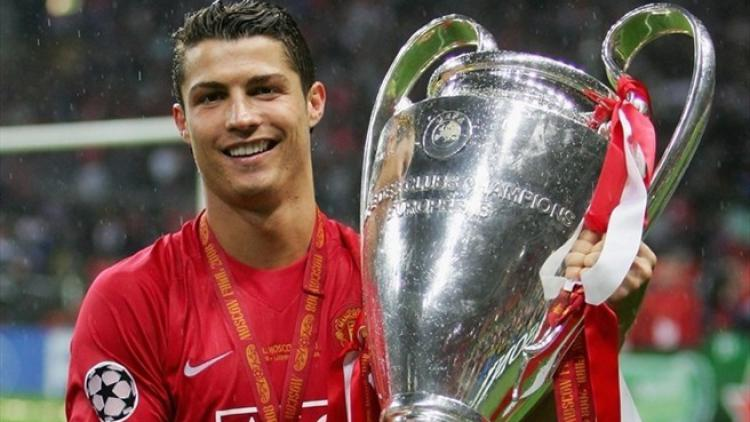 Ronaldo memenangkan Liga Champions bersama MU Copyright: UEFA.com