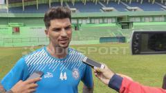 Indosport - Bek Arema FC, Arthur Da Rocha.