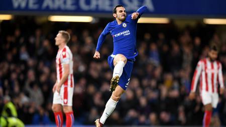 Chelsea siap mempromosikan bintang mudanya, Reece James, ke skuat utama untuk menggantikan Davide Zappacosta yang kian dekat berlabuh ke AS Roma - INDOSPORT