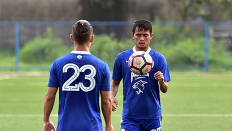 Kim Jeffrey Kurniawan dan Puja Abdillah pemain Persib Bandung Copyright: Istimewa