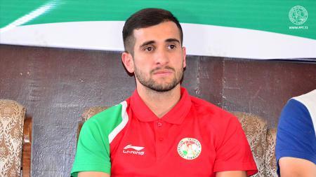 Fathullo Fathulloev pemain baru Persela Lamongan - INDOSPORT