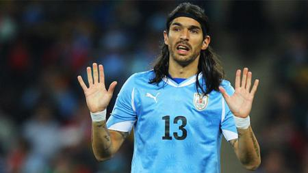 Sebastian Abreu saat membela Timnas Uruguay. - INDOSPORT
