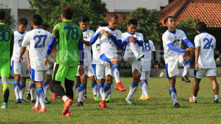 Sesi Latihan Persib Bandung Copyright: Arif Rahman/INDOSPORT