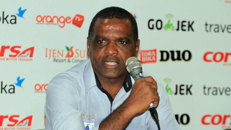 Wanderley Junior, pelatih Persiba Balikpapan Copyright: fourfourtwo.com