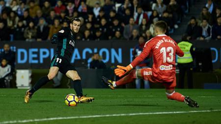 Gareth Bale saat membobol gawang Celta Vigo. - INDOSPORT