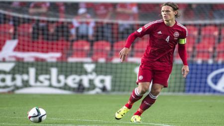 Tottenham Hotspur dan AS Roma dikabarkan tengah saling sikut memperebutkan tanda tangan raksasa Denmark milik Southampton. - INDOSPORT