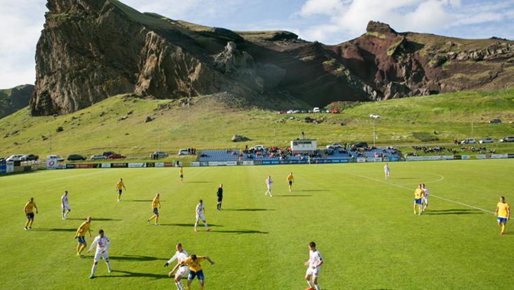 Pembinaan sepakbola di Islandia. Copyright: the reykjavik grapevine