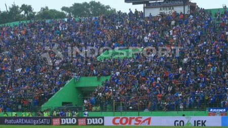Aremania memadati Stadion Gajayana - INDOSPORT