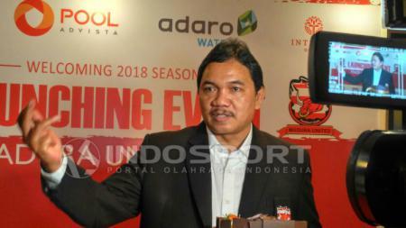 Salah satu presiden klub Liga 1 Madura United Achsanul Qosasi membagikan sepenggal cerita pada momen Natal 2019 kali ini. - INDOSPORT