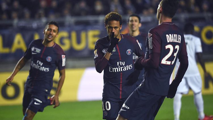 Neymar saat merayakan gol ke gawang Amiens SC Copyright: INDOSPORT